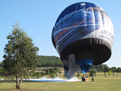 Moving the mat (spelio) Tags: water festival mar hotair balloon australia canberra act 2016 lakeburleygriffin