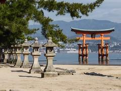 Itsukushima I (Douguerreotype) Tags: red water japan temple gate shrine buddhist floating hiroshima miyajima lantern torii itsukushima otorii