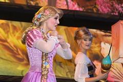 Rapunzel in Mickey and the Magical Map at Disneyland (GMLSKIS) Tags: disney california amusementpark anaheim disneyland mickeyandthemagicalmap princess rapunzel