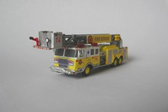 Ladder14 (01) (Joachim Gundlach) Tags: rescue fire firetruck vehicle fireengine custom feuerwehr kitbash modellbau nscale 1160 arff kitbashing kitbashed 1zu160