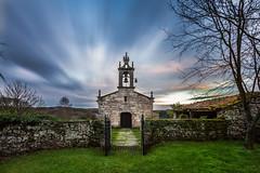 Marzá (chuscordeiro) Tags: sky españa color canon atardecer arquitectura arte iglesia galicia cielo 7d turismo lugo 1022 romanico piedra filtro palasderei nd1000 marzá
