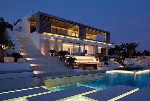 24057430644 459f21cea2 - Tips ini penting sebelum membangun rumah mewah anda