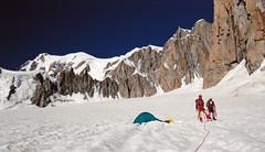 Dans la Combe maudite (Yvan LEMEUR) Tags: montagne alpes landscape glacier granite neige paysage chamonix montblanc glace alpinisme hautesavoie glacierdugant combemaudite
