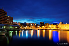 20160110-10-Hobart Consitiution Dock reflections (Roger T Wong) Tags: reflection water night evening waterfront australia tasmania hobart constitutiondock 2016 sony1635 rogertwong sel1635z sonya7ii sonyilce7m2 sonyalpha7ii sonyfe1635mmf4zaosscarlzeissvariotessart