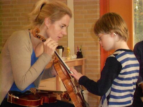 111116-Muziekles met violiste