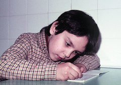 Trabalhos de casa | Homework (Antnio Jos Rocha) Tags: school casa student child criana homework trabalho jovem estudante aplicao