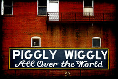 Piggly Wiggly (Groovyal) Tags: food building art sign shop photography store business brand groceries advertisment advertise pigglywiggly groovyal