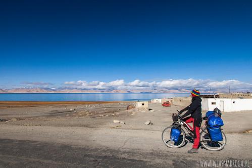 Widok na Jezioro Karakul
