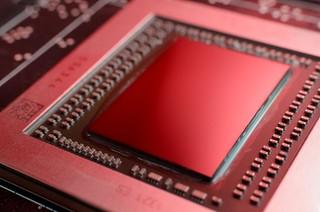 AMD Radeon R9 290 Die Shot