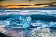 Icleand Jkulsrln (Steve W3) Tags: ice beach sunrise blacksand iceland waves blackbeach jkulsrln glacierlagoon beachsunrise iceonbeach iceonblacksands