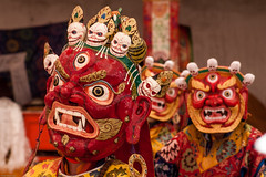 Mask Festival (hakbak) Tags: india festival canon asien mask himalaya indien canoneos300d ladakh littletibet