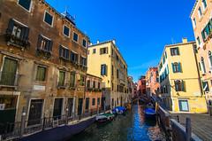 Venice (Hen) Tags: city morning bridge venice sky italy cloud building river boat nikon ship tokina