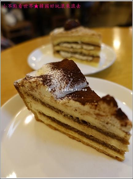 弘大Snob甜點店 (12).JPG