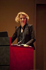 "Emmanuelle Daviet - Comment lutter contre les théories du complot ? • <a style=""font-size:0.8em;"" href=""http://www.flickr.com/photos/139959907@N02/25639133546/"" target=""_blank"">View on Flickr</a>"
