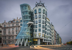 When we dance (terrencechuapengqui) Tags: house architecture frank ginger dancing czech prague gehry fred