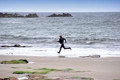 Beach Run (Gordon M Robertson) Tags: uk scotland aberdeenshire gordonrobertson