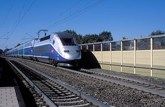 4718  Illingen  22.09.15 (w. + h. brutzer) Tags: france analog train nikon frankreich eisenbahn railway zug trains tgv sncf 4700 eisenbahnen illingen triebzug triebzge webru