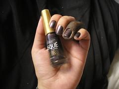 Congo (Panvel) + Besouro (Risqu) (Daniela nailwear) Tags: preto congo frica risqu besouro esmaltes coloreffect panvel duochrome mofeita