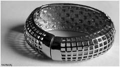 Bracelet 3N&B (patrice3879) Tags: bijoux bracelet vieille bote montre