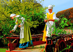 Tudor Life at Kentwell Hall 1579, May 2015, Suffolk, England (Manfred 960) Tags: costumes longmelford england history canon costume suffolk tudor historic historical recreation reenactment kentwellhall 16thcentury livinghistory historicalreenactment 2015 kentwell tudors historiccostumes tudorrecreation tudortimes historicalreenactments historicalrecreation tudorreenactment tudorlife tudorliferecreation tudorcostumes tudorhistory lifeintudortimes tudorlifeatkentwellhall tudorlifeatkentwell kentwell2015