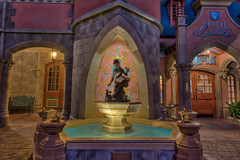 The Cinderella Fountain (Allen Castillo) Tags: water fountain night orlando florida disney crown cinderella wdw waltdisneyworld themepark magickingdom cinderellacastle nikon1424 nikond610