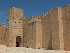 Ribat de Monastir (رباط المنستير) (twiga_swala) Tags: ribat monastir رباط المنستير forteress fortress tunisie tunisia architecture landmark monument fort castle port tunisian fortification