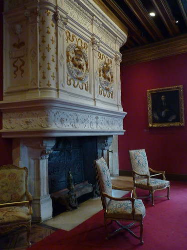 Chateau Chenonceau - Louis XIV dining room (2)
