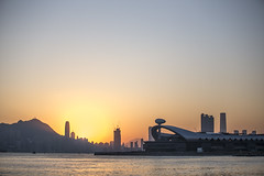 The Sunset in the Harbor (Job Homeless) Tags: sunset hongkong victoriaharbor ef70200mmf28lusm canon6d