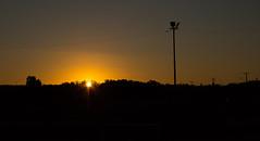 27/366 (Roberto Macaya M) Tags: chile sol atardecer ciudad concepcion sombra paisaje amanecer reflejo urbano 365 silueta 1855 talcahuano 2016 naranjo 366 resplandor