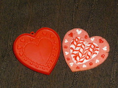 Feathered heart (rwarren69) Tags: red strawberry heart valentine feathering artetc