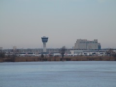 IMG_8850 (jacorbett70) Tags: philadelphia skyline river newjersey airport nj phl delawareriver