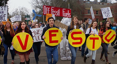 Divest-UO 1 University of Oregon (Wolfram Burner) Tags: school college campus fossil justice duck university board protest uo burner climate league uofo universityoforegon uoregon wolfram sitin fuels environement boardoftrustees trustees divest unversityoforegon