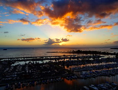 A smouldering Pacific sunset (peggyhr) Tags: marina hawaii gallery 25faves peggyhr dsc01398a