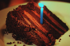 Bday Cake! (TheJennire) Tags: birthday camera blue light food luz cake canon cores photography 50mm photo applebees candle colours foto close sweet comida young colores teen indie happybirthday bolo fotografia camara torta tumblr