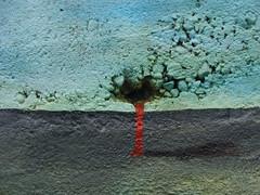 las grietas, las sangres, los brotes... (Felipe Smides) Tags: streetart mural niebla pintura valdivia smides felipesmides
