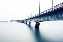 95/366 (romainjacques17) Tags: longexposure bridge sea france canon long exposure nd 365 larochelle 1740mm 6d picoftheday project365 ef1740mm 365project irnd hitechformatt