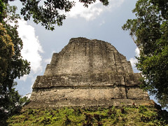 "Tikal: le Temple 6 ou le Temple des Inscriptions <a style=""margin-left:10px; font-size:0.8em;"" href=""http://www.flickr.com/photos/127723101@N04/26174171401/"" target=""_blank"">@flickr</a>"