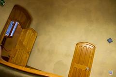 Casa Batllo Barcelone Catalonia (philippe.Onwire) Tags: barcelona catalonia artnouveau catalunya 1906 saintgeorge 1904 barcelone modernisme 1877 masterpieces antonigaud casabattl casadelsossos houseofbones colorfulmosaic joanrubi josepcanaleta skeletalorganic domnecsugraesigras gaudsassistants batllfamily theceremonyoflamerc