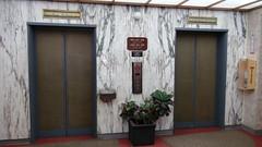 elevators at the petroleum building (DieselDucy) Tags: sanantonio texas lift elevator ascensor lyfta rafe lyftu