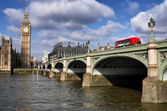Day #3018 (cazphoto.co.uk) Tags: water river lumix housesofparliament bigben panasonic riverthames westminsterbridge londonbus 050416 crossingpoint project366 dmcgh3 panasonic1235mmf28lumixgxvarioasphpowerois beyond2922 2016th27
