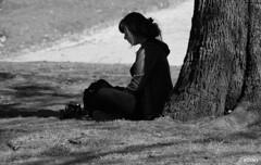 Sola...meditando con su cmara (Franco DAlbao) Tags: bw girl solitude alone photographer chica bn creation meditation soledad sola fotgrafa meditacin creacin nikond60 dalbao francodalbao