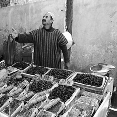 Souk (yaelgasnier) Tags: travel people blackandwhite square noiretblanc colorfull morocco squareformat maroc marrakech marruecos personne bnw marokko  wonderfulplaces   shotaward vsco beautifuldestinations iphoneography instagramapp instamorocco igworldclub iphone6plus marocphotonet
