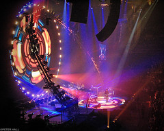 ELO (peterphotographic) Tags: lighting uk england london concert britain live stage greenwich gig livemusic o2 samsung stageshow elo southlondon northgreenwich jefflynne electriclightorchestra nv11 o2arena jefflynneselo peterhall snv14345edwm