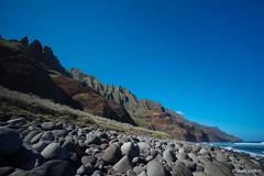 Boulder Beach (Mark Griffith) Tags: hawaii hiking hike northshore kauai napalicoast dayhike kalalautrail dawnpatrol 20160414dsc04273