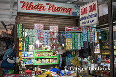 Mekong market (10b travelling) Tags: river asian asia asien southeastasia vietnamese market delta vietnam storefront asie mekong indochine indochina mytho 2015 bentre otherkeywords tenbrink carstentenbrink genericplaces iptcbasic 10btravelling