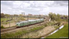 20160423 Mat '54 766, Moordrecht (89132) (Koen Brouwer) Tags: station train gare zug bahnhof april brug flyover trein gouda 2016 moordrecht 766 mat54 proefrit 89133