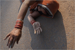 reach, somewhere on the highway (nevil zaveri (thank you for 10million+ views :)) Tags: road people woman india feet photography photo blog women highway photographer hand veil photos stock images photographs photograph mp devotee zaveri saree darshan stockimages bangles narmada nevil madhyapradesh pranaam nevilzaveri dandavat