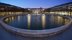 Palais-Royal at dusk, Paris (Yann OG) Tags: paris france fountain garden french cardinal dusk royal jardin fisheye palais bluehour crpuscule 169 fontaine franais parisian bassin parisien heurebleue