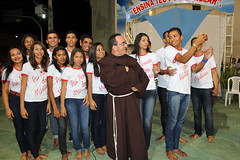 Jovens com Frei Fernandes 123 (vandevoern) Tags: brasil piripiri descalos piaui graa orao sradosremdios vandevoern filosofianatural isso