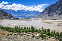 Summer Scenery, Shigar Valley, Gilgit-Baltistan, Pakistan (Feng Wei Photography) Tags: travel pakistan mountain horizontal river landscape outdoors asia nopeople kashmir pk scenics colorimage highangleview indiansubcontinent shigar shigarvalley gilgitbaltistan shigarriver scenerynonurbanscenelandscape